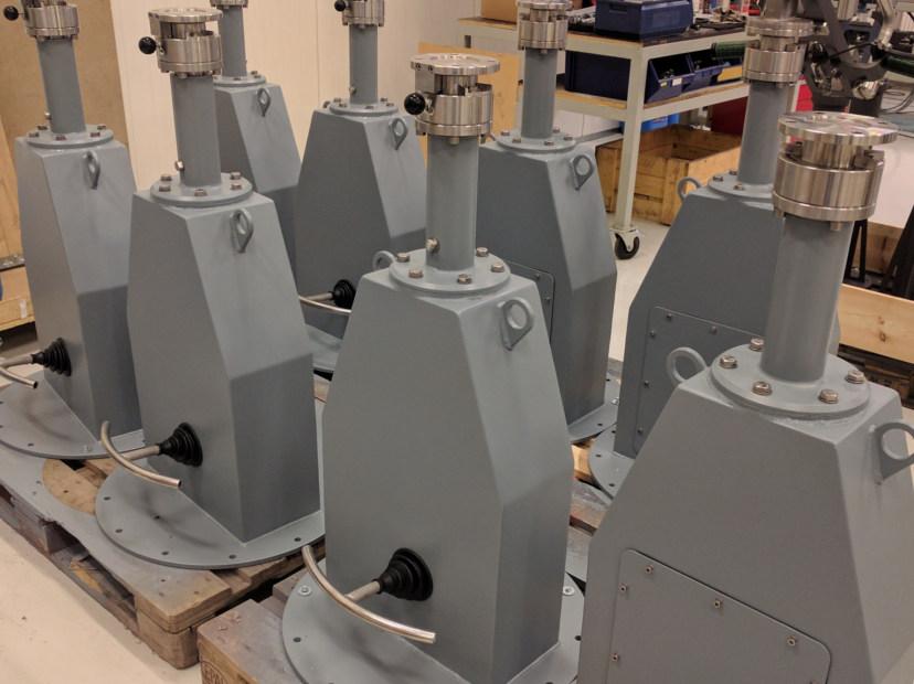 Machine Gun Cradles and Pedestals - Combinent
